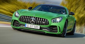 Monster Mercedes AMG GTS-R